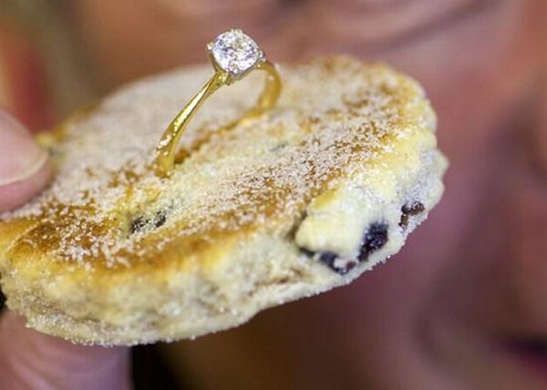 Самое дорогое в мире валлийское печенье стоит 9.9950$ Самое Дорогое Кольцо с Бриллиантом