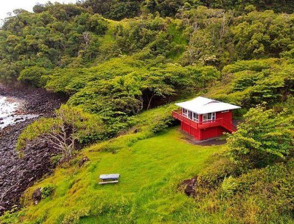 Most-Expensive-Beach-Hut
