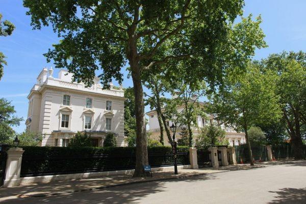 Kensington Palace Gardens1