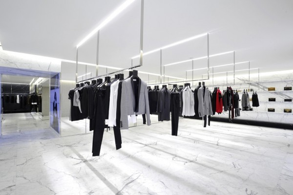 Saint Laurent Avenue Montaigne