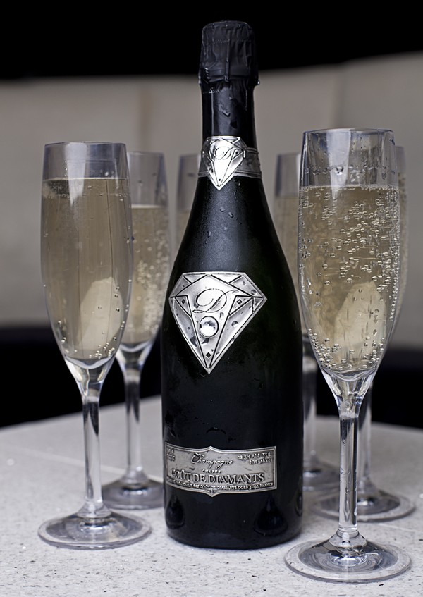 Alexander Amosu Champagne