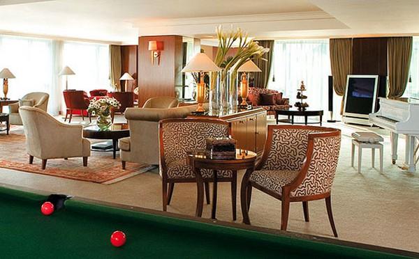 Royal Penthouse Suite2