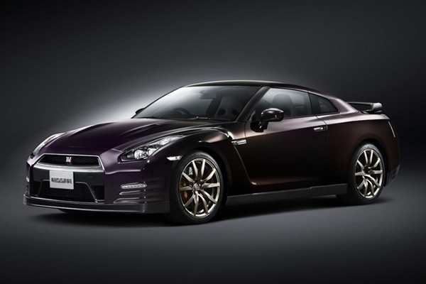 Nissan GT-R Midnight Opal Special Edition