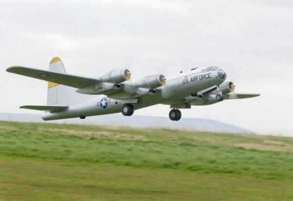 biggest model aircraft B-50