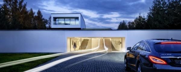 Autofan house