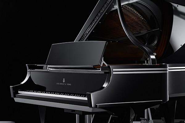Steinway Arabesque Piano1
