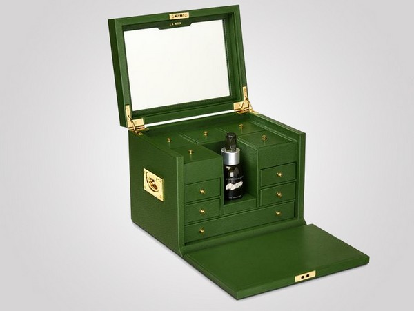 Anya Hindmarch Ultimate box