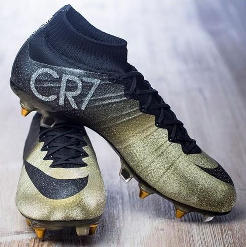 Mercurial CR7 Rare Gold