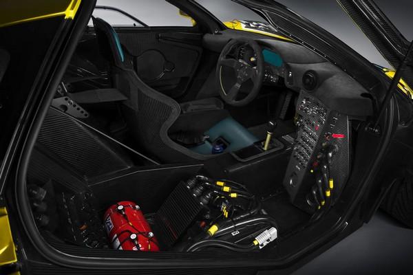 McLaren P1 GTR_2