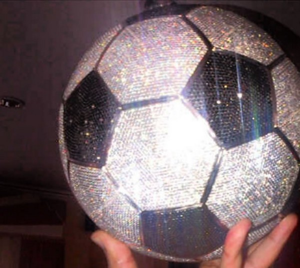 Diamond football