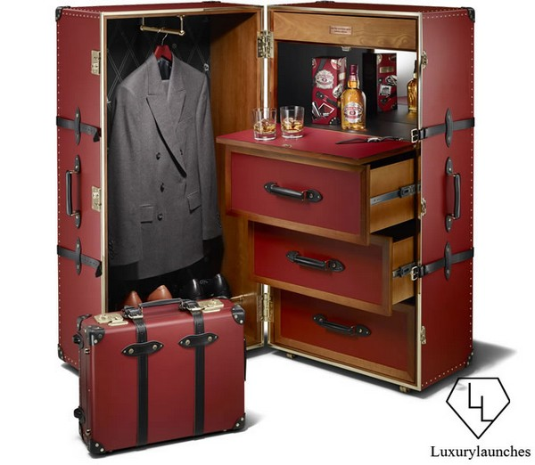 Chivas 12 Made for Gentlemen Globe-Trotter