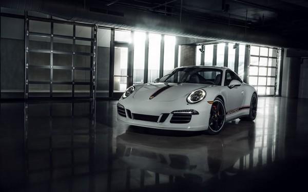 Porsche 911 Carerra GTS Rennsport Reunion Edition_1