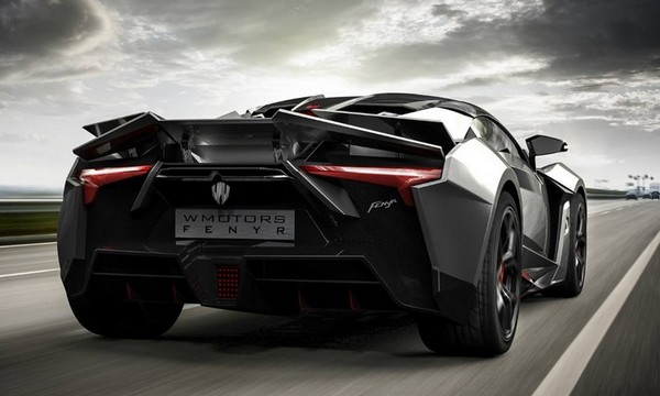 Fenyr SuperSport_1