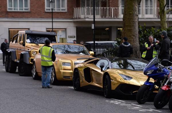 Saudi gold cars