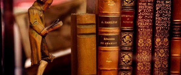 Грабители обычно никогда особого внимания не обращают на книги, отдавая предпочтение более прозаичным вещам, которые можно быстро продать и на которые всегда есть спрос. Но как всегда есть исключения, даже […]