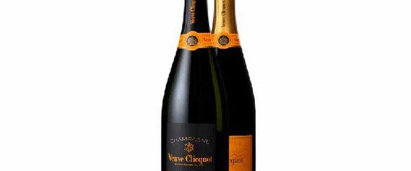 Французский дом шампанских вин Veuve Clicquot (Вдова Клико) представили эксклюзивное экстра-брют кюве «Extra Brut Extra Old». За созданием этого шампанского стоит мастер погребов Доминик Демарвиль, который организовал пышную презентацию в […]