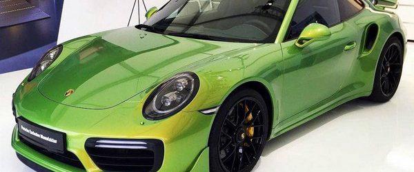 В это трудно поверить, но некоторые готовы заплатить за покраску машины больше чем она стоит в автосалоне. Так в рамках программы Porsche Exclusive спорткар Porsche 911 Turbo S был покрашен […]