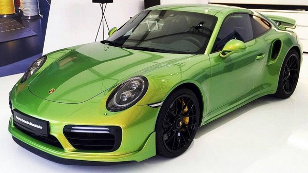Покраска Porsche 911 Turbo S обошлась дороже, чем покупка нового Porsche 911 Carrera