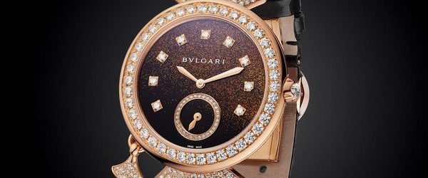 Итальянский ювелирный дом Bulgari знает, как делает эффектные часы больше напоминающие ювелирные украшения. В этот раз они решили пойти еще дальше, выпустив новые часы Diva Finissima Minute Repeater, в которых […]