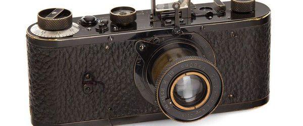 На аукционе в Вене был поставлен рекорд стоимости пленочного фотоаппарата. Leica 1923 годы была продана за невероятные 3.900.000 долларов. Начальная цена камеры составляла 493.000 долларов. В торгах приняло несколько участников, […]