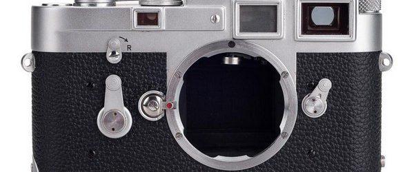 В 2012 году рекорд стоимости фотоаппарата в мире, поставил прототип классический камеры Leica M3. Фотоаппарат с серийным номером 700.001 был продан за 1.700.000 долларов. Сейчас на интернет-аукцион eBay выставлена на […]
