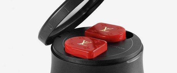 Французский дом высокой моды Louis Vuitton решил попробовать своим на рынке высоких технологий. На шоу FW19 в Париже показали полностью беспроводные наушники за 995 долларов, которые назвали Horizon. Louis Vuitton […]