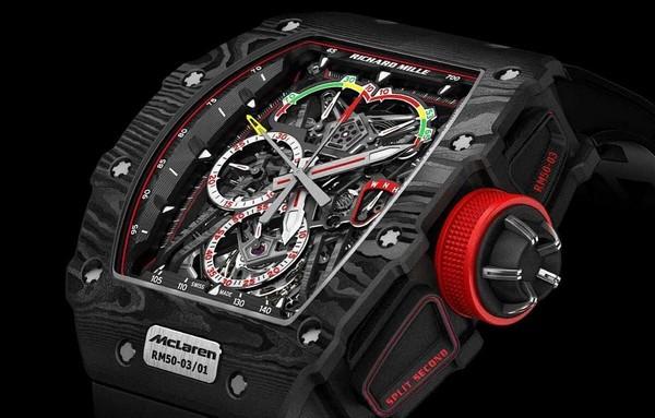 На Ибице преступники украли у богатого туриста часы стоимостью 1.300.000$