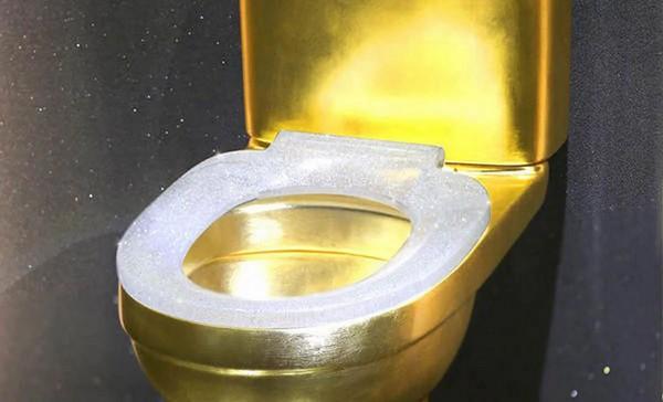 Самый дорогой унитаз в мире из золота и бриллиантов стоит в 1.300.000$